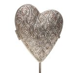 Pre-Lit Battery Silver Standing Heart Decoration, 40cm