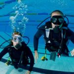 2-adults-scubadiving_350