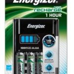 Energizer 1HR  Battery Charger plus 4x AA 2300mAh