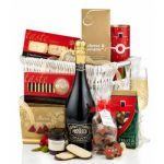 'The Yuletide Delights' Gift Basket
