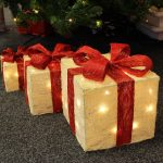 Red & Cream Wrapped parcels with Warm White LEDS 50/20/25 cm