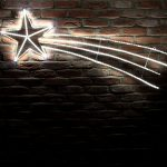 1.52m White Shooting Star Silhouette, 350 LEDs