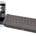 product-rockbox-raw-with-phone