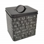 snuggling_by_the_aga_pet_treat_tin_w3435