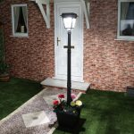 Plug-In Outdoor Aluminium Lamp Post with Pot & PIR, 24V, White LED, 2M
